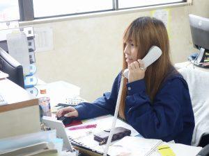 協力会社に電話